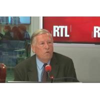 """Logo du podcast Tribune européenne de Macron : """"Les réactions politiques ont été navrantes"""", dit Duhamel"""