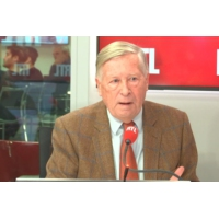 """Logo of the podcast """"Gilets jaunes"""" : un référendum paraît inévitable pour Alain Duhamel"""