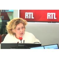 """Logo du podcast Propos de Macron sur Pétain : """"on confond tout"""" dit Alba Ventura"""
