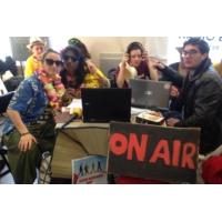 Logo du podcast Les faucheurs de chaises créent une radio dans une banque