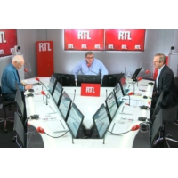 Logo of the podcast Grève SNCF : le gouvernement doit-il tenir coûte que coûte ?