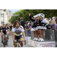 """Logo du podcast Tour de France : """"Le vélo est un sport imberbe"""", assène Christian Laborde"""