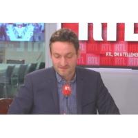 Logo du podcast Municipales à Lyon : Collomb, le vieux baron qui veut un dernier trophée