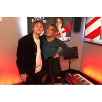 Logo of the podcast Lewis Capaldi dans Le Double Expresso RTL2 (26/04/19)