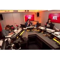 Logo du podcast Élysée : un pot d'adieu pour les 17 conseillers démissionnaires