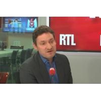 """Logo of the podcast Laïcité : """"Emmanuel Macron dit devant chacun, ce qu'il veut entendre"""", selon Olivier Bost"""