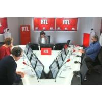 """Logo of the podcast Les actualités du 12h30 - """"Gilets jaunes"""" : le """"je vous ai compris"""" d'Emmanuel Macron"""