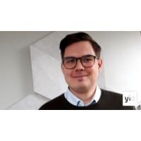 Logo of the podcast Miksi USA on lisännyt rahoitusta Euroopan puolustushankkeisiin, vanhempi tutkija Matti Pesu?