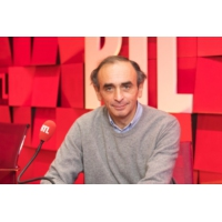 """Logo du podcast Éric Zemmour : """"L'échec européen d'Emmanuel Macron"""""""