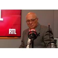 Logo of the podcast 400.000 Français travaillent de l'autre côté d'une de nos frontières