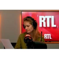 """Logo of the podcast """"Contreparties"""" aux aides sociales : quand une députée LREM fait la leçon à Édouard Philippe"""