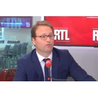 """Logo of the podcast Mairie de Paris : """"les Parisiens veulent un changement"""", explique Sylvain Maillard"""