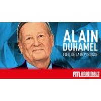 """Logo du podcast 5. """"Avec le Panthéon, François Mitterrand se place très haut"""", se souvient Alain Duhamel"""