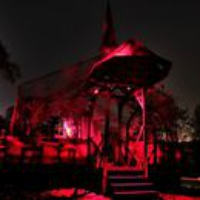 Logo du podcast Spooky Scary Studio 360: Making Haunted Houses Scarier