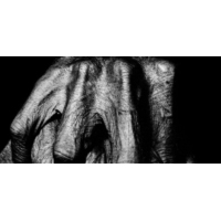 Logo du podcast le noir est ma lumière.....