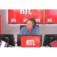 Logo du podcast Notre-Dame : Emmanuel Macron prend des risques en contrôlant la reconstruction