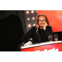 """Logo du podcast Lorànt Deutsch fait son retour dans """"Les Grosses Têtes"""""""
