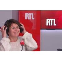 """Logo du podcast Fonction publique : """"Pour Macron, le risque c'est d'arrêter les réformes"""", dit Duhamel"""