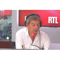 Logo of the podcast Michel Cymes démêle le vrai du faux sur la pilule du lendemain