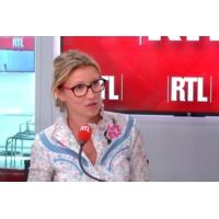 "Logo of the podcast Alexandra Lamy, le Brexit avant l'heure : ""Je rentre en France"""