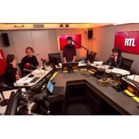 """Logo of the podcast """"Des chiffres et des lettres"""" : le jeu de France 3 bientôt supprimé ?"""