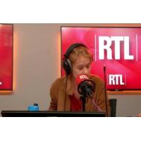 """Logo du podcast Renault : """"Qui dirige vraiment l'entreprise?"""" s'interroge Christian Menanteau"""