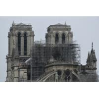 Logo du podcast Incendie à Notre-Dame de Paris : la reconstruction s'annonce coûteuse