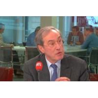 """Logo of the podcast """"Gilets jaunes"""" : """"Il était déjà possible d'interdire les manifestations"""", dit Claude Guéant sur RTL"""