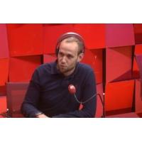 """Logo of the podcast Réformes de Macron : selon certains ministres, """"l'état de grâce"""" ne durera pas"""