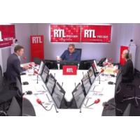 """Logo du podcast Transports publics gratuits : """"une fausse bonne idée"""" pour Olivier Bost"""