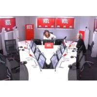 """Logo of the podcast Relaxe de Tapie : """"C'est un phénix qui ressuscite tout le temps"""", dit Franz-Olivier Giesbert sur RTL"""