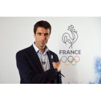 "Logo of the podcast Paris 2024 : Tony Estanguet salue ""un projet qui fait rêver"""