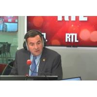 """Logo of the podcast Benalla : """"Ce serait bien que le Président dise la vérité au Français"""", dit un sénateur LR"""