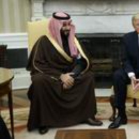 Logo du podcast Politics With Amy Walter: What's next for Trump and Saudi Arabia?