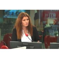 """Logo of the podcast """"Gilets jaunes"""" : """"Nous avons fait des erreurs"""" reconnaît Marlène Schiappa sur RTL"""