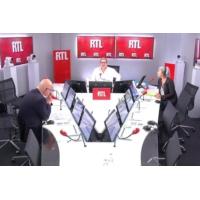 """Logo du podcast Le populisme, c'est """"plus d'État, plus de frontières et moins de marché"""", décrypte François Lenglet"""
