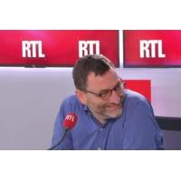 """Logo of the podcast Canicule : """"Pour le moment, c'est relativement calme"""" aux urgences, dit le Dr Mathias Wargon"""