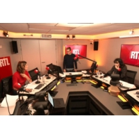 Logo of the podcast Un Jour en France du 19 novembre 2018