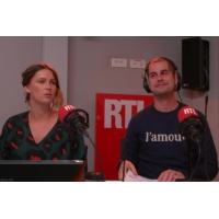 Logo of the podcast Européennes : ces partis politiques obligés de faire la manche