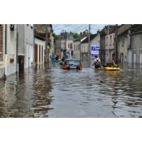 """Logo of the podcast Inondations : """"Nous pensions que c'était un cauchemar"""" témoigne le maire de Montargis"""
