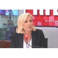 """Logo du podcast Marine Le Pen sur RTL : """"Si Édouard Philippe assume 'tout', il doit démissionner"""""""