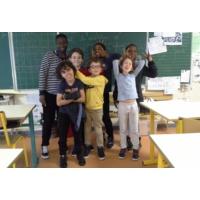 Logo du podcast Radio Bambou: des enfants enquêtent sur l'écologie dans leur école