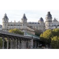 Logo of the podcast Paris : des touristes perdus dans le métro verbalisés