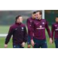 Logo du podcast Jamie Carragher EXCLUSIVE: 'Harry Kane is England's best striker and Wayne Rooney MUST play in midf…