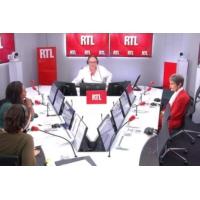 """Logo du podcast Notre-Dame : """"Il y a toujours un risque d'effondrement"""" dit Philippe Villeneuve sur RTL"""