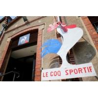 Logo of the podcast Le Coq Sportif : à 136 ans, la marque habille le sport français