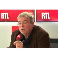 """Logo of the podcast La lettre d'Emmanuel Macron est """"un peu ambiguë"""", commente un maire sur RTL"""