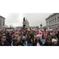 Logo du podcast WATCH: Joan Baez & Malkia Cyril Speak Out at Massive Women's March in San Francisco