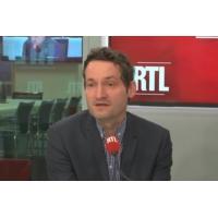"""Logo of the podcast Européennes : Jadot """"veut refaire le coup de génie de Cohn-Bendit"""" analyse Olivier Bost"""