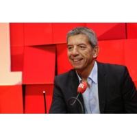 """Logo du podcast Michel Cymes : """"Les signes avant-coureurs du burnout"""""""